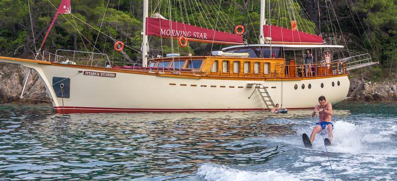 motor sailer Morning Star