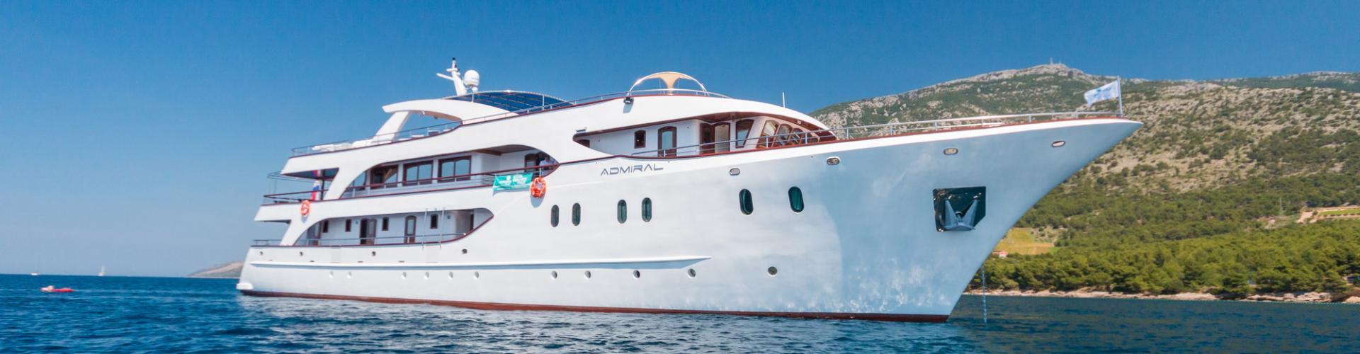 Deluxe cruiser MV Admiral- motor yacht
