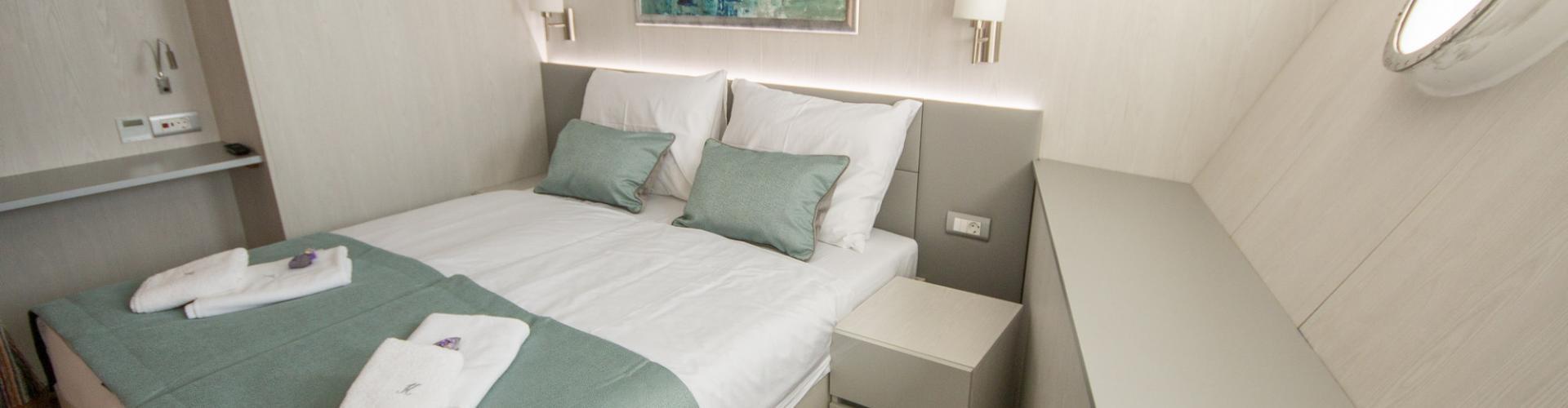Cabin (main deck)