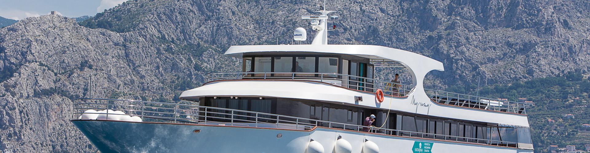 Deluxe cruiser MV My Way- motor yacht