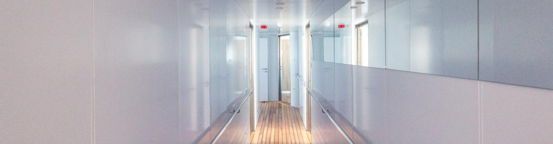 Cabin (lower deck)