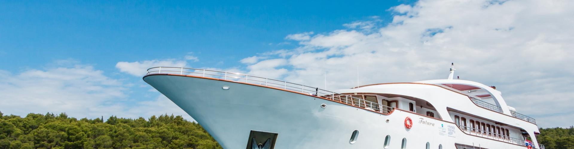 Deluxe Superior cruiser MV Futura- motor yacht