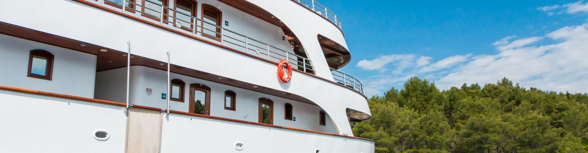 2013. Deluxe Superior cruiser MV Futura