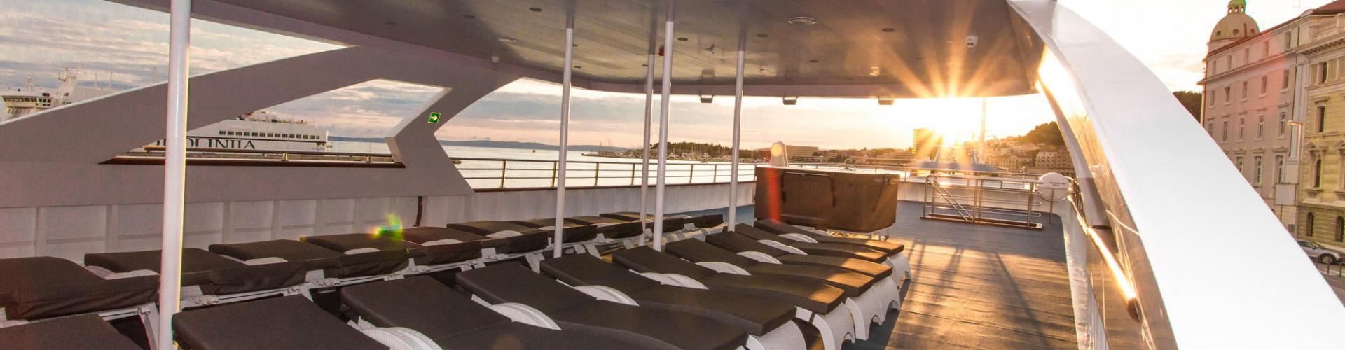 2017. Deluxe Superior cruiser MV Maritimo