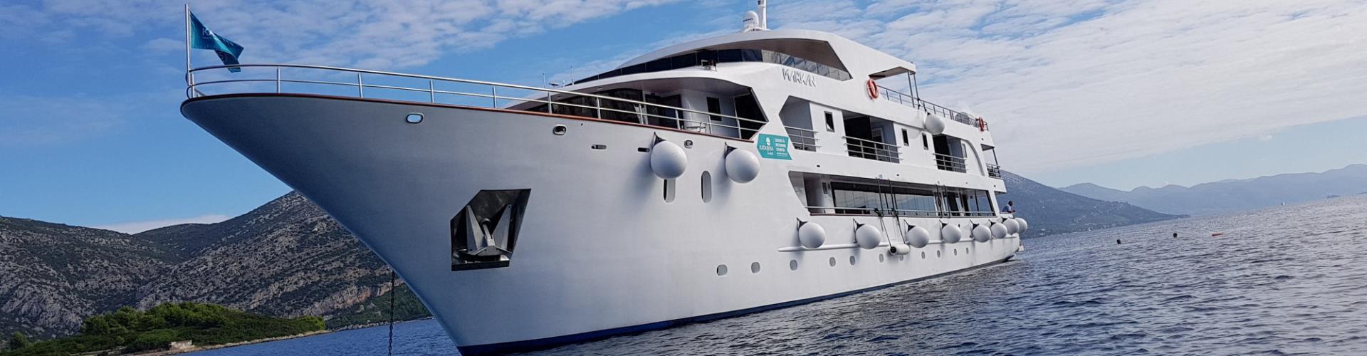 Deluxe Superior cruiser MV Markan- motor yacht