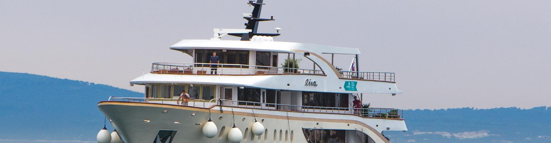 Deluxe Superior cruiser MV Riva- motor yacht