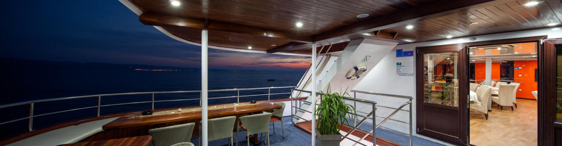 motor boat Premium Superior cruiser MV Amalia