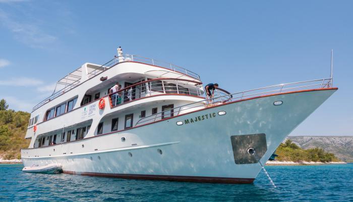 Premium Superior cruiser MV Majestic