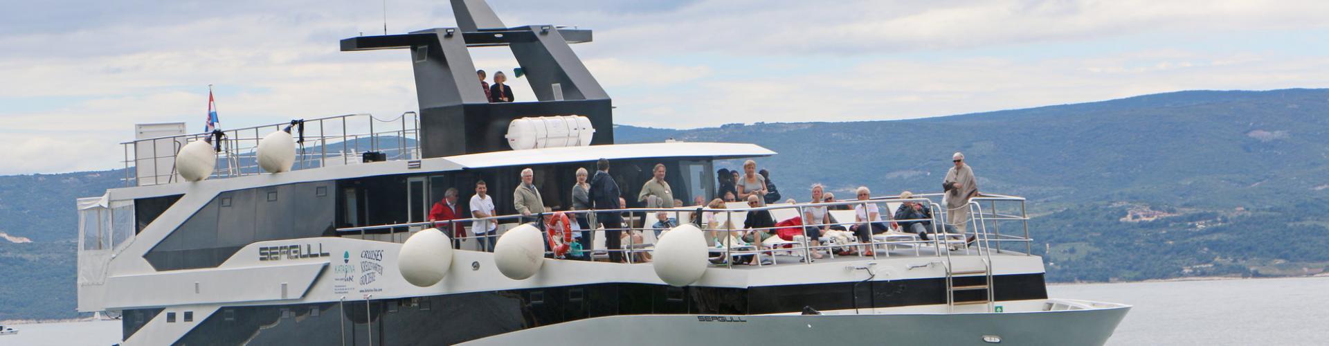 Premium Superior cruiser MV Seagull- motor yacht