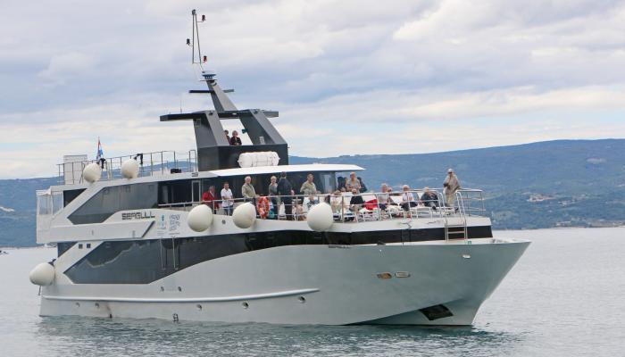 Premium Superior cruiser MV Seagull