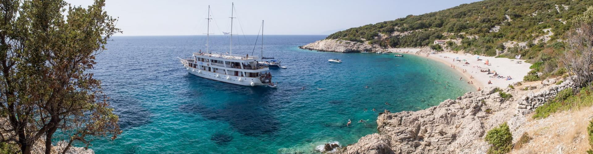 2011. Premium cruiser MV Dalmatia