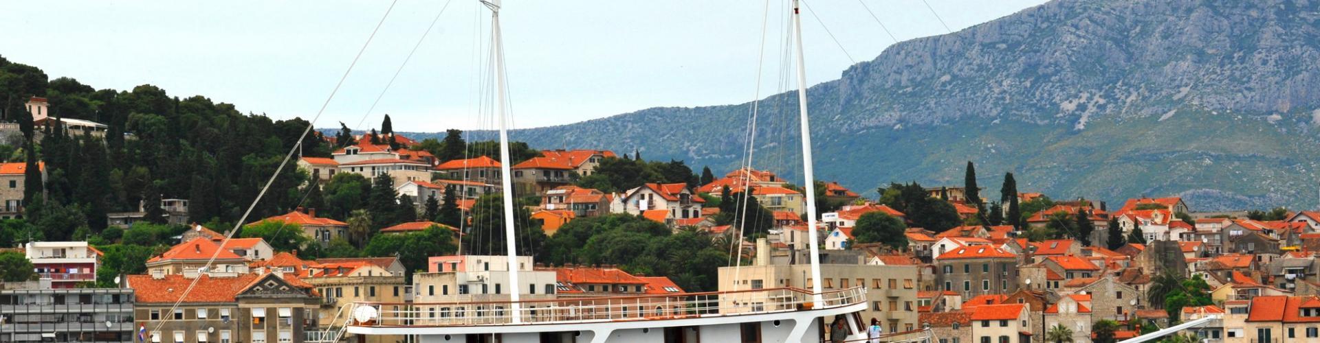 2011. Premium cruiser MV Dionis