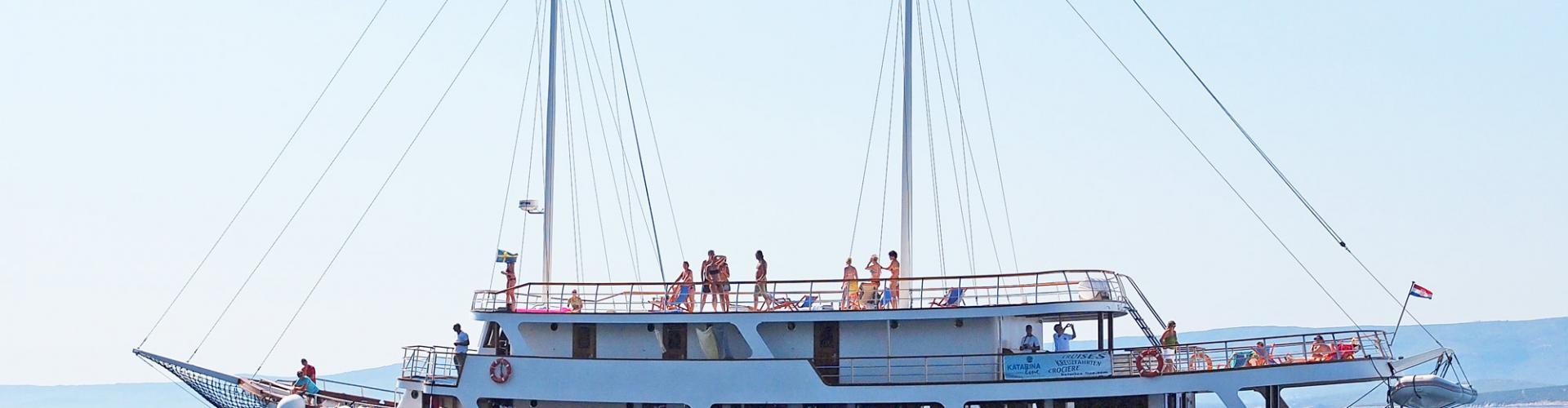 Premium cruiser MV Dionis- motor sailer