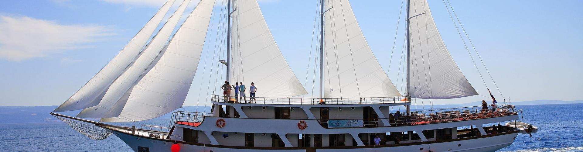 Premium cruiser MV Eos- motor sailer