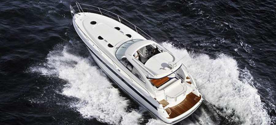 motor boat Bavaria 42 Sport HT