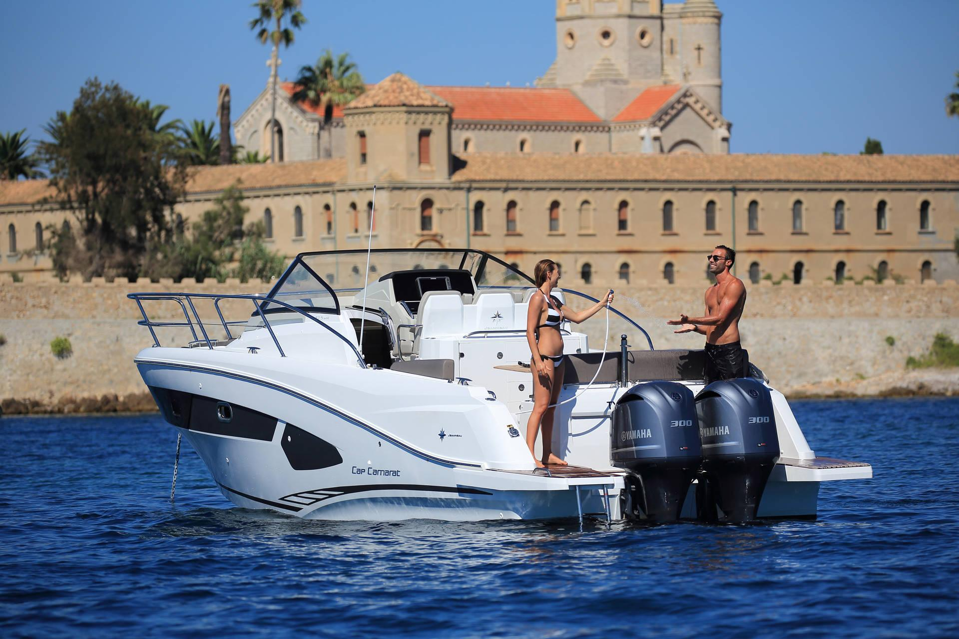 motor boat Cap Camarat 10.5 WA