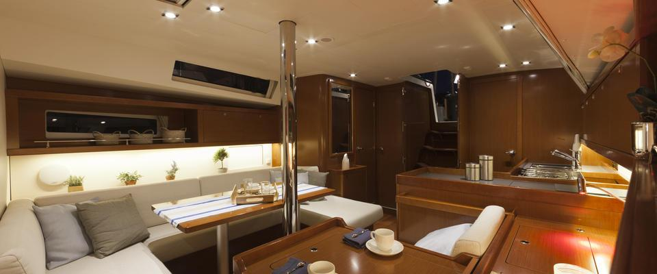sailboat Oceanis 41