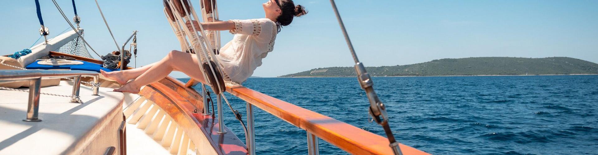 motor sailer Dona