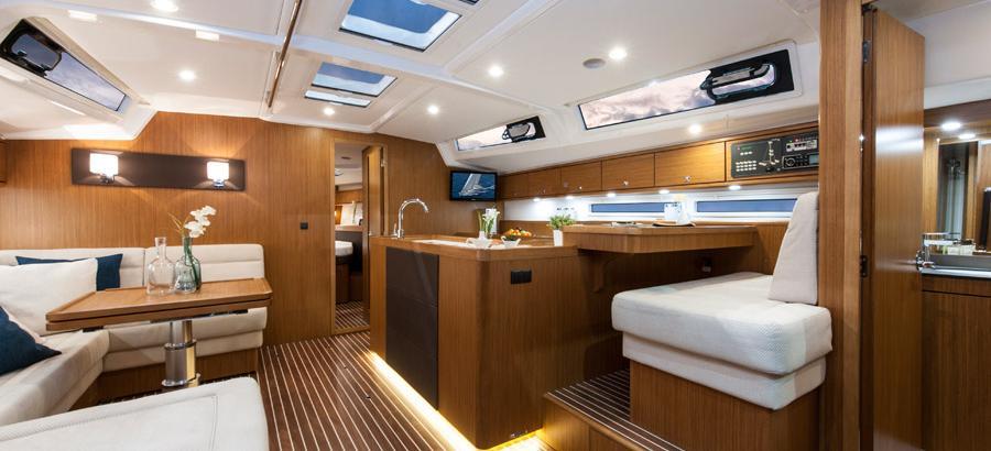 sailboat Bavaria Cruiser 56