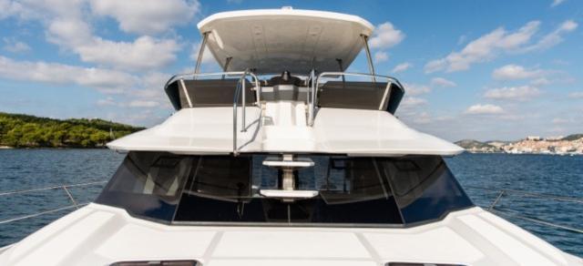 motor boat Aquila 44