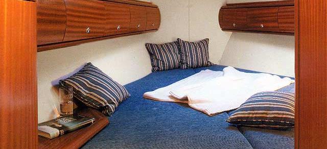 sailboat Bavaria 41