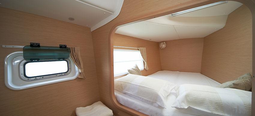 catamaran Lagoon 380'14