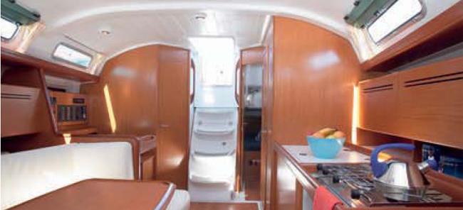 sailboat Cyclades 39.3