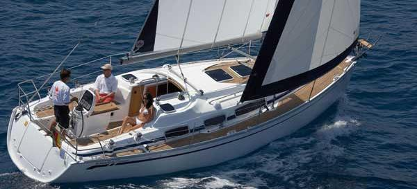 sailboat Bavaria 31 Cruiser