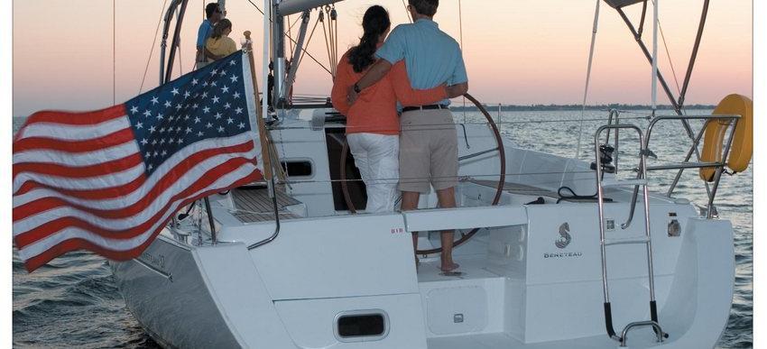 sailboat Oceanis 37