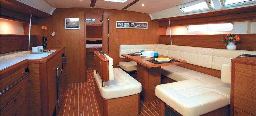 sailboat Sun Odyssey 49i