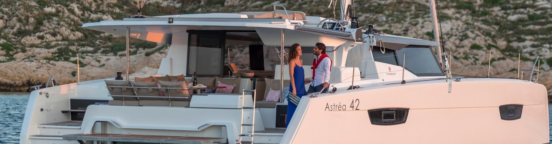 catamaran Fountaine Pajot Astrea 42