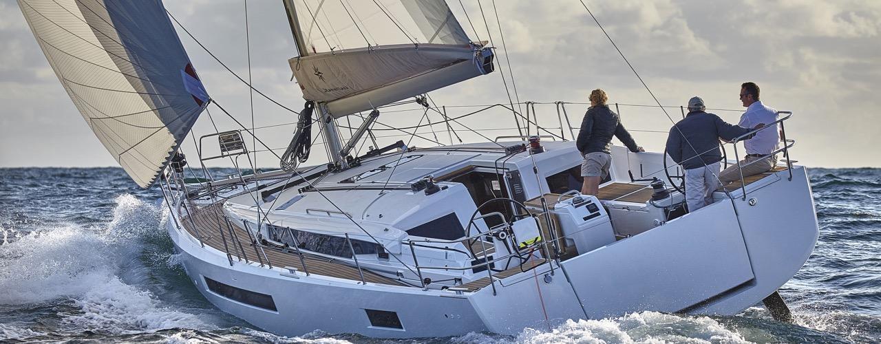sailboat Sun Odyssey 490