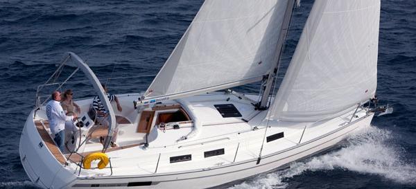 2010. Bavaria Cruiser 32