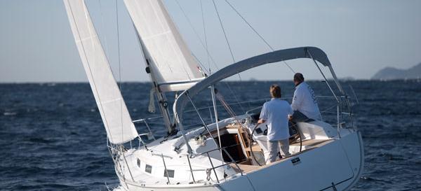 sailboat Bavaria Cruiser 32