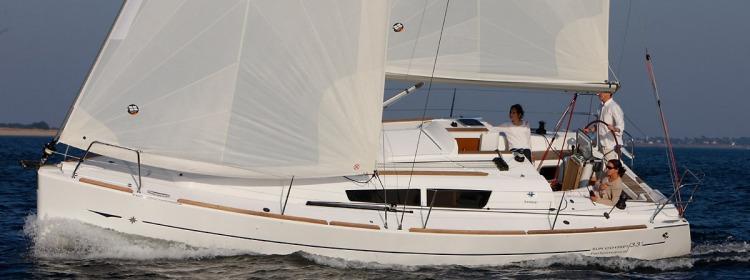 sailboat Sun Odyssey 33i