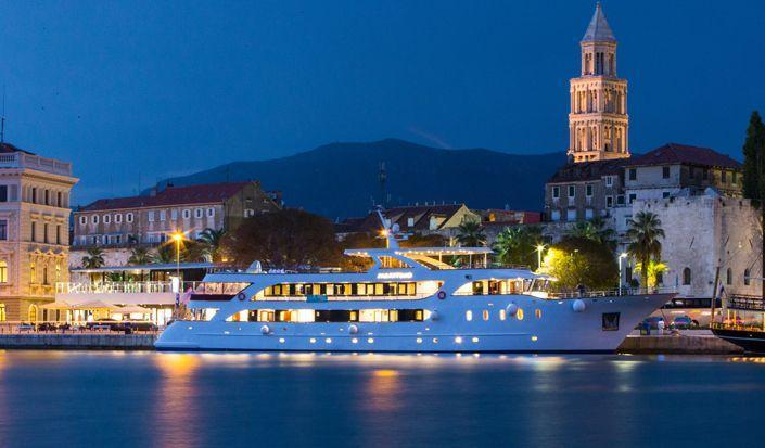 """Deluxe Cruise plan """"One Way Wonders"""" (Dubrovnik - Split)"""