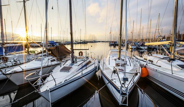 An Insider's Guide to Popular Charter Boats