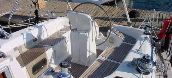 sailboat Bavaria 42 ( 3 cab. )