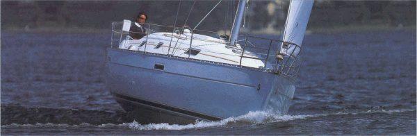 sailboat Oceanis 331