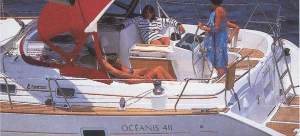 sailboat Oceanis 411