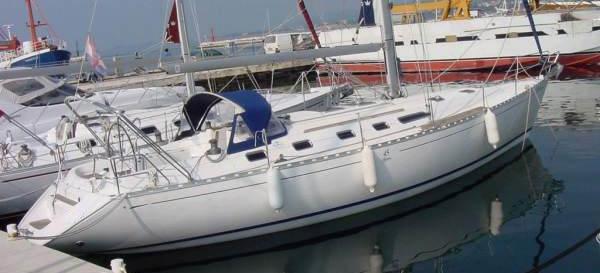 2011. Dufour 45 Classic