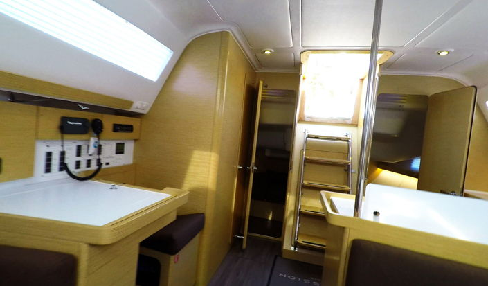 Sailing Yacht Elan 45 Impression - Interior