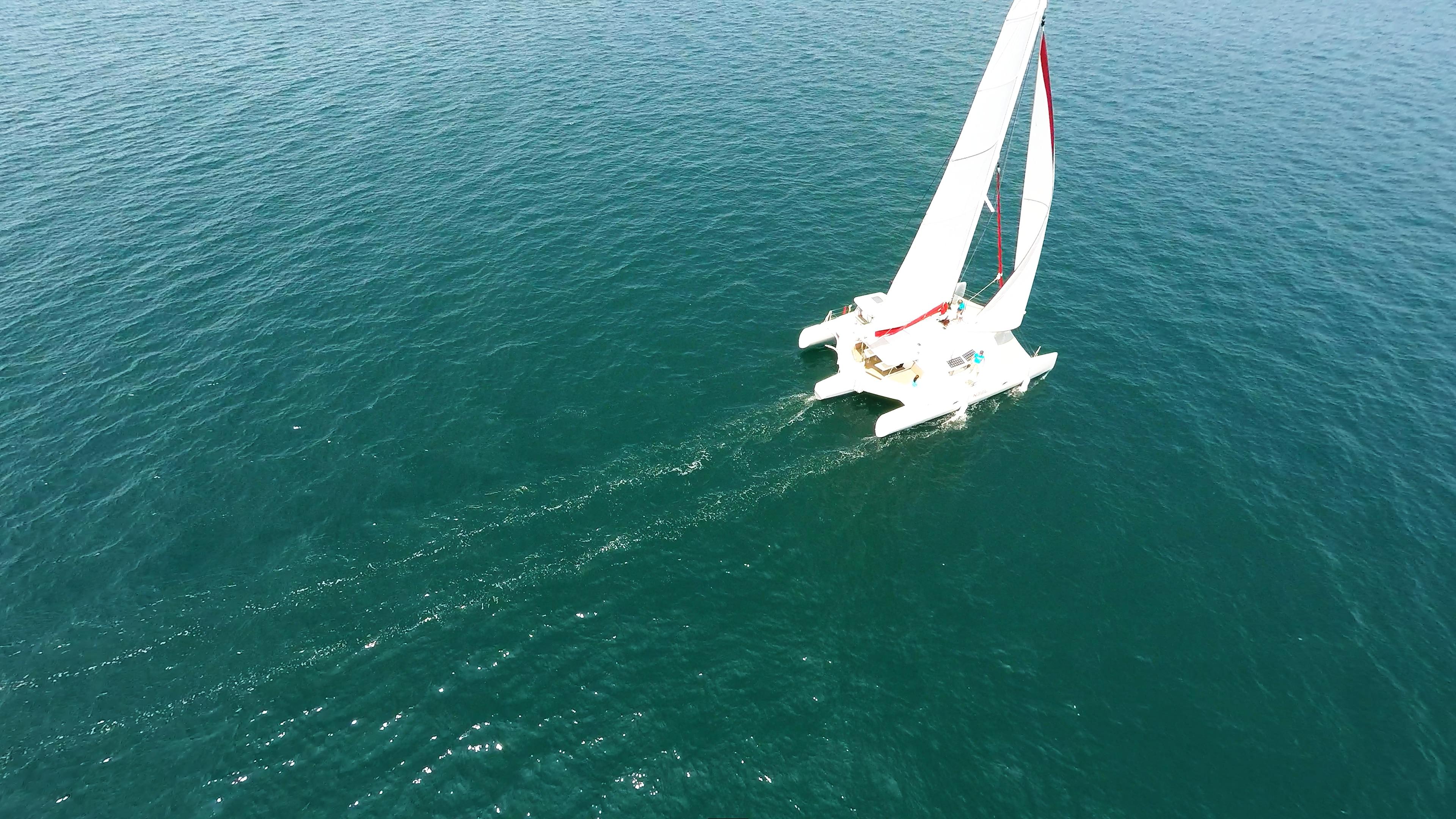 trimaran at sea 1