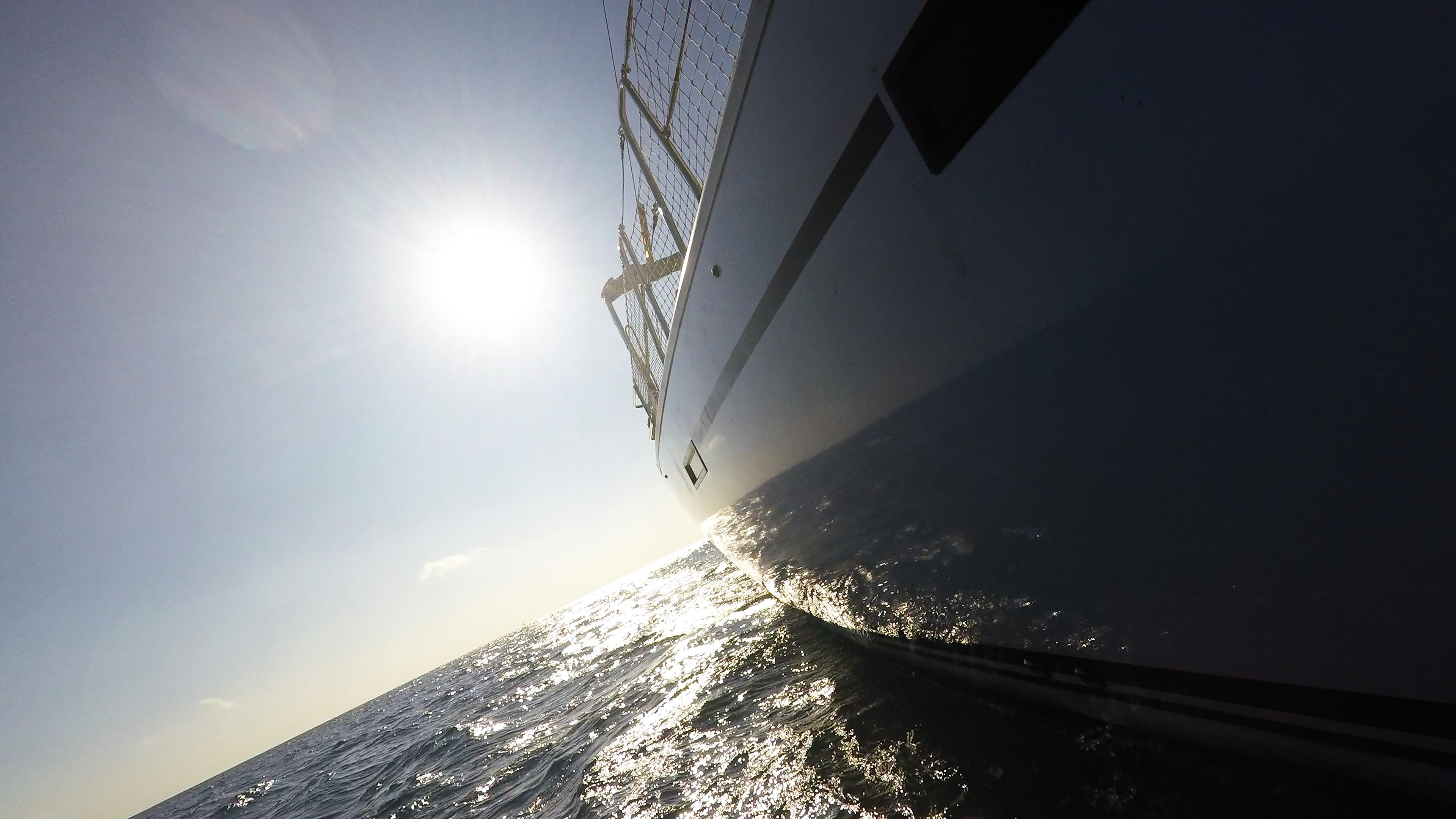 sailing yacht side hull sun sea