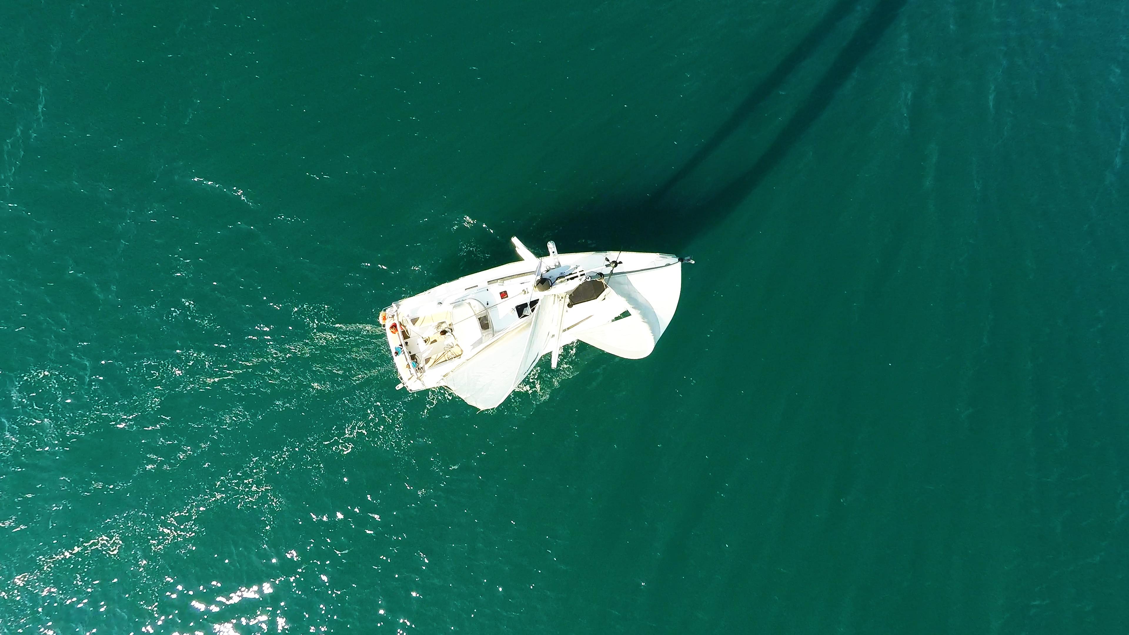 sailing yacht top of mast on sailboat sailing yacht sea