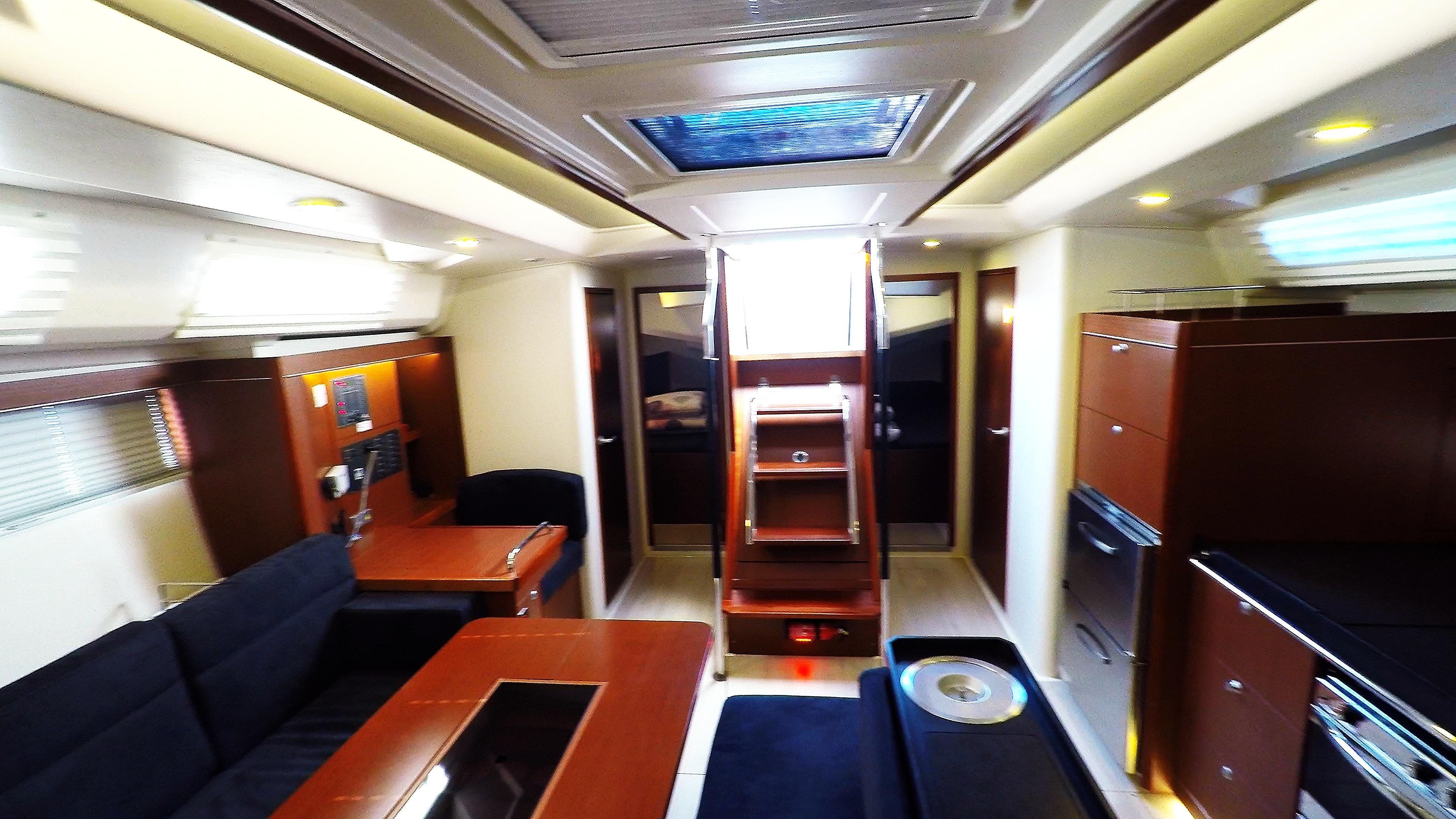 sailing yacht salon in sailing yacht Hanse 505