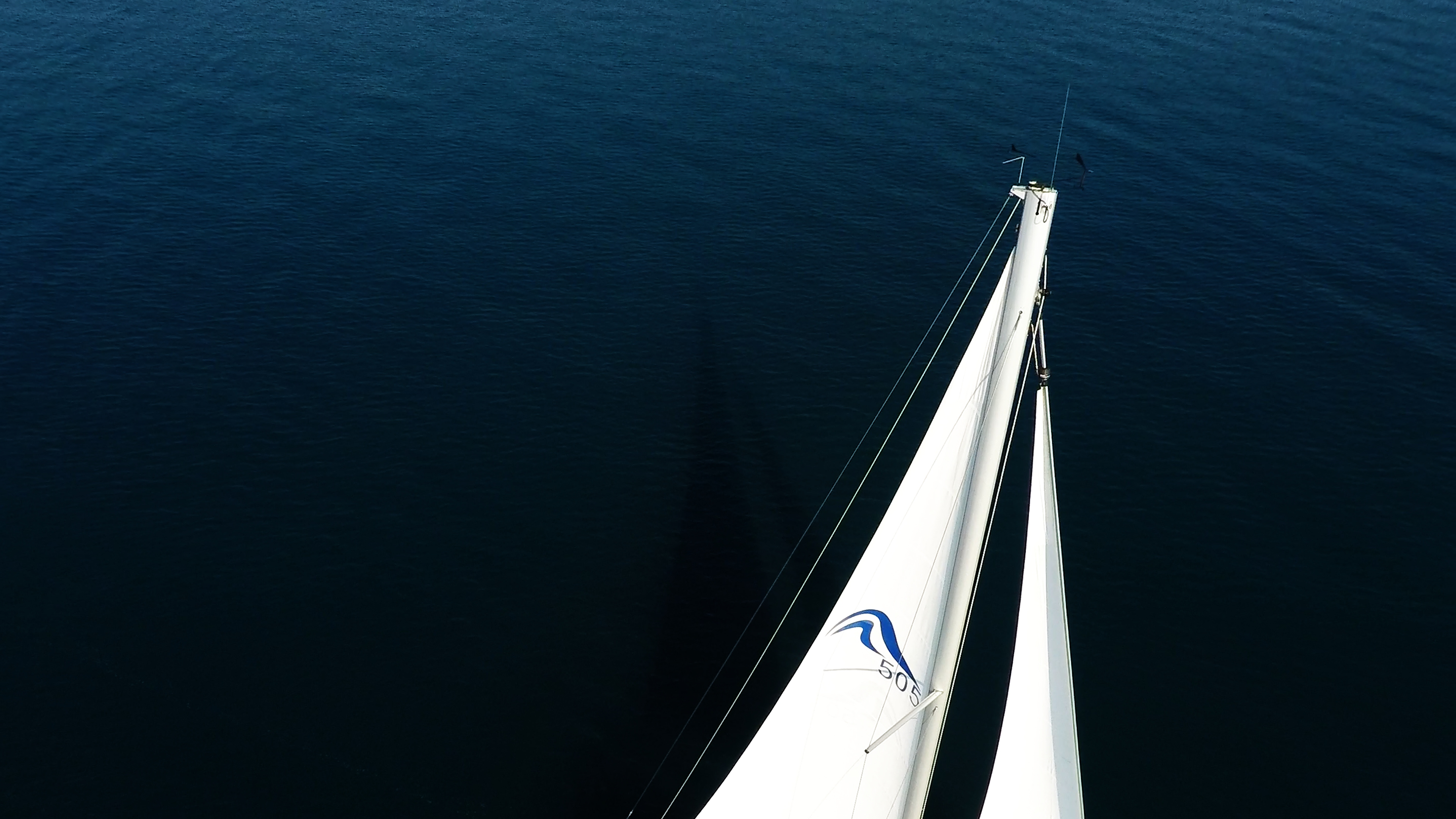 sailing yacht top of mast on sailing yacht